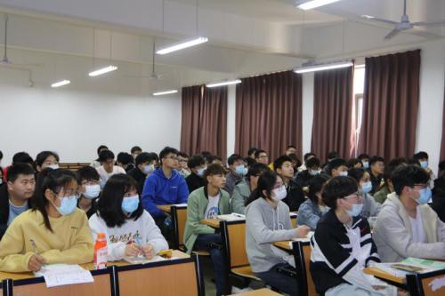 袁军副校长率团参加第八届国际博士研究生学术研讨会